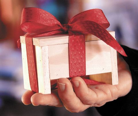 original-box-ribbon-hand-copy